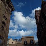 Gli orrendi cavi elettrici che deturpano la Chiesa Madre, perché? Ecco le foto - Sicilia Oggi Notizie